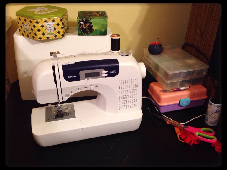 A picture of my new sewing machine, a Brother CS-6000i.